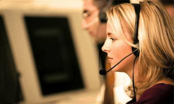 диспетчер в офисе такси